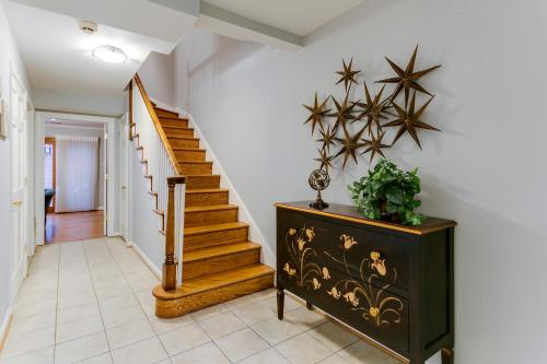 The lobby or reception area at Garon & Diane's Place