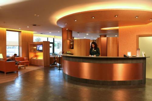 The lobby or reception area at Posadas De España Paterna
