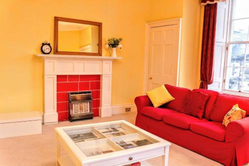 2 Bedroom Flat in the Heart of New Town