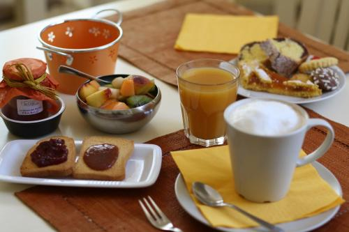 Colazione disponibile per gli ospiti di Alla Corte Del Picchio Room & Breakfast