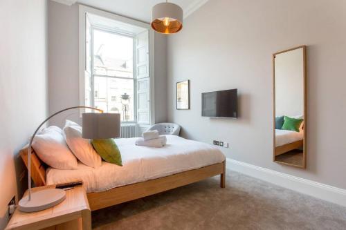 ALTIDO York Place Apartment - Luxury City Centre