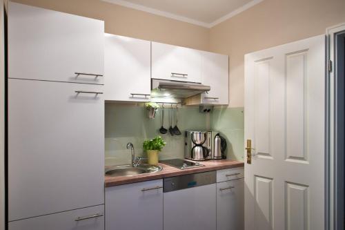 Küche/Küchenzeile in der Unterkunft Guest house Villa Fritz