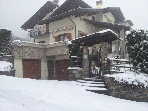 Villetta Nembra durante l'inverno