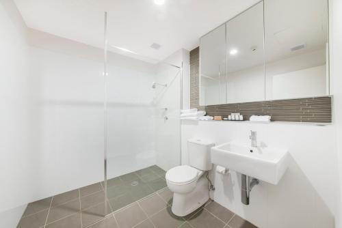 A bathroom at Abode Tuggeranong