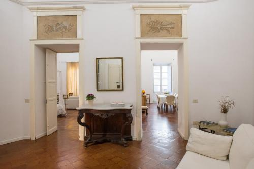 A seating area at Residenze al Castello Apartments