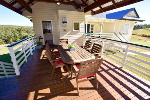 A balcony or terrace at Bunya Creek Farm Stay