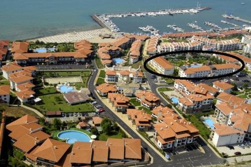Private apartments in South Coast с высоты птичьего полета