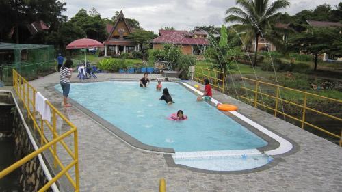 The swimming pool at or near Horas Family Home