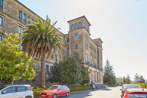 Albergue Seminario Menor Santiago De Compostela Spain Booking Com