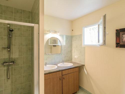 A bathroom at Beautiful Holiday Home in Cressensac with Swimming Pool