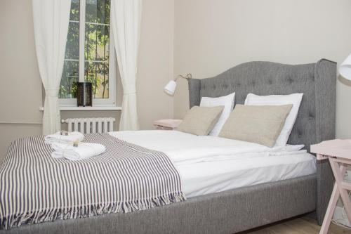 Łóżko lub łóżka w pokoju w obiekcie Chillout Hostel
