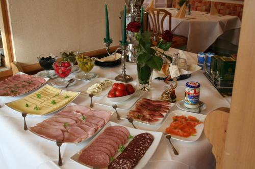 Breakfast options available to guests at Landhotel Margaretenhof