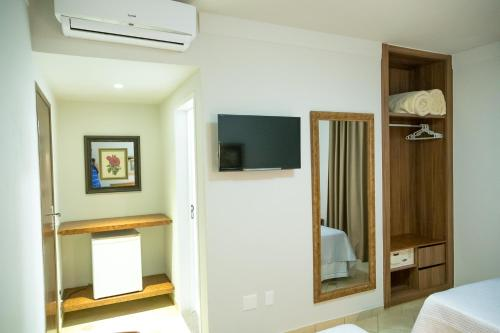 A television and/or entertainment center at Reisper Palace Hotel