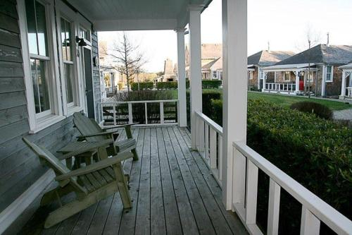 A balcony or terrace at Sea Otter Three-Bedroom Home