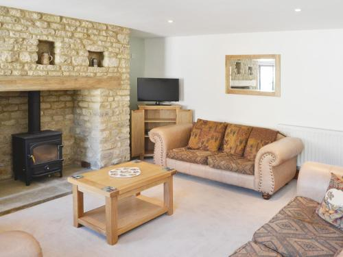 A seating area at Harley Cottage