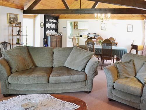 A seating area at Mill End Farm Cott.