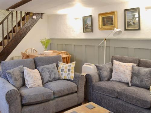 A seating area at Lamont Cottage
