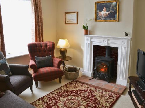 A seating area at Pippin Cottage