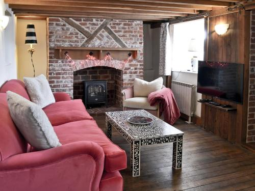 The lounge or bar area at The Old Thatch