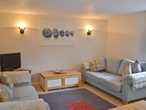 A seating area at Pebble Cottage