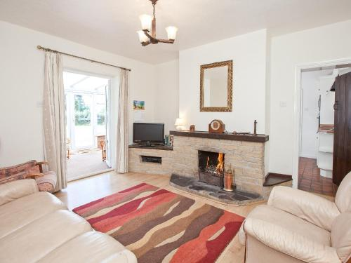A television and/or entertainment center at Fir Tree Cottage