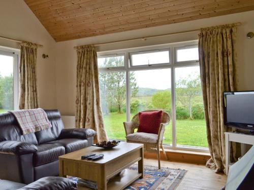 A seating area at Riverview Cottage
