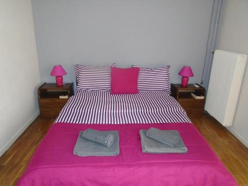 A bed or beds in a room at Athens Riviera