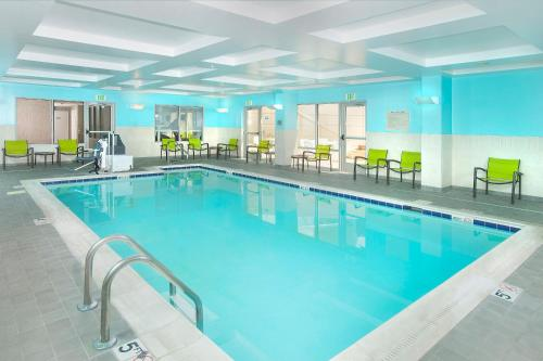 The swimming pool at or near SpringHill Suites Fairfax Fair Oaks