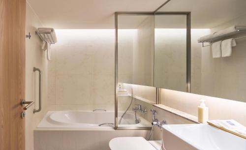 A bathroom at Kritthai Residence