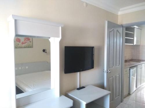 TV/Unterhaltungsangebot in der Unterkunft Sailor Apart Hotel