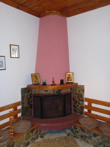 A television and/or entertainment center at Villa Lela Amaliada