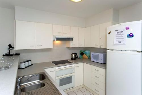 A kitchen or kitchenette at Quiet, Peaceful and Tranquil!