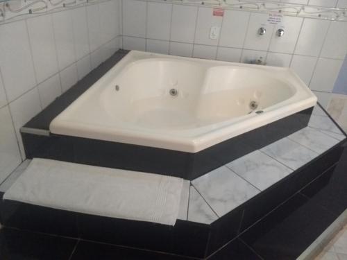 A bathroom at Motel Sedução (Adults Only)