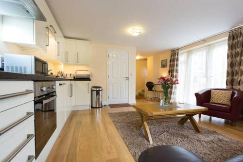Oxford Apartments 1