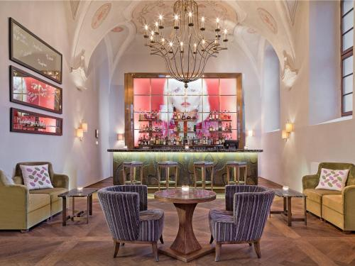 The lounge or bar area at Augustine, a Luxury Collection Hotel, Prague