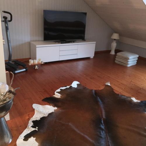 Ruheges Zimmer, 100 m zum See, Strandbad