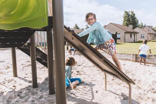 Kinderen die verblijven bij Vakantiedorp Marinapark
