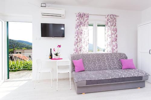A seating area at Premium apartment Biokovo Nature Park