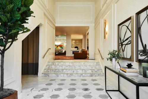 The lobby or reception area at Galleria Park, a Joie de Vivre Hotel