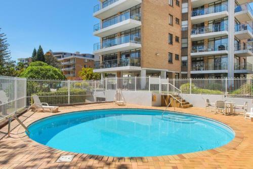 The swimming pool at or near Tasman Towers 9, 3 Munster Street