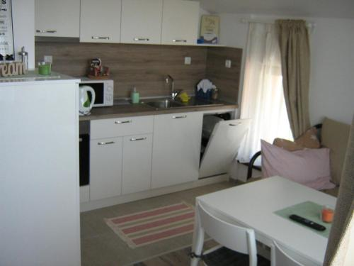 A kitchen or kitchenette at Khan Krum House & Apartments for rent