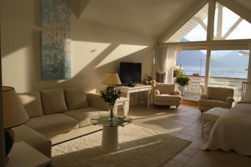 Et sittehjørne på Sunde Fjord Hotel