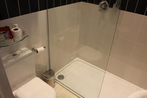 Un baño de Abbey Court Hotel - Hyde Park