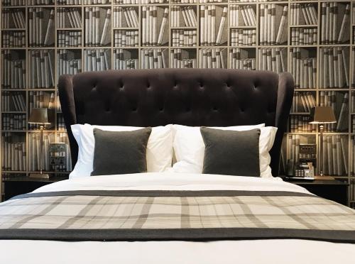 Ein Bett oder Betten in einem Zimmer der Unterkunft The Grafton Arms Pub & Rooms