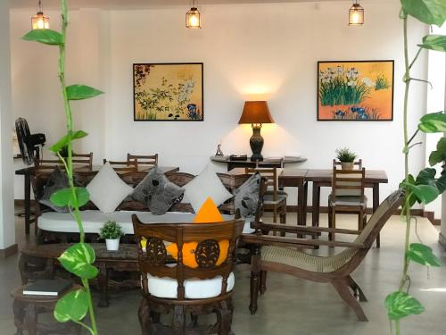 A restaurant or other place to eat at Sayura House