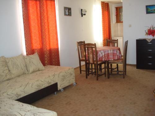 Posezení v ubytování Villa Rai