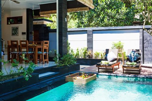 The swimming pool at or close to Villa Poppy Legian