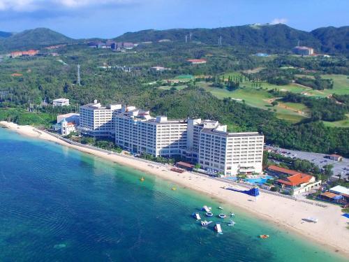 リザンシーパークホテル谷茶ベイの鳥瞰図