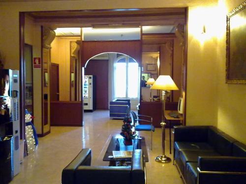 Restaurant ou autre lieu de restauration dans l'établissement Hotel Toledano Ramblas