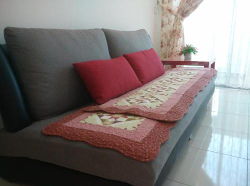 A bed or beds in a room at A Jia 家